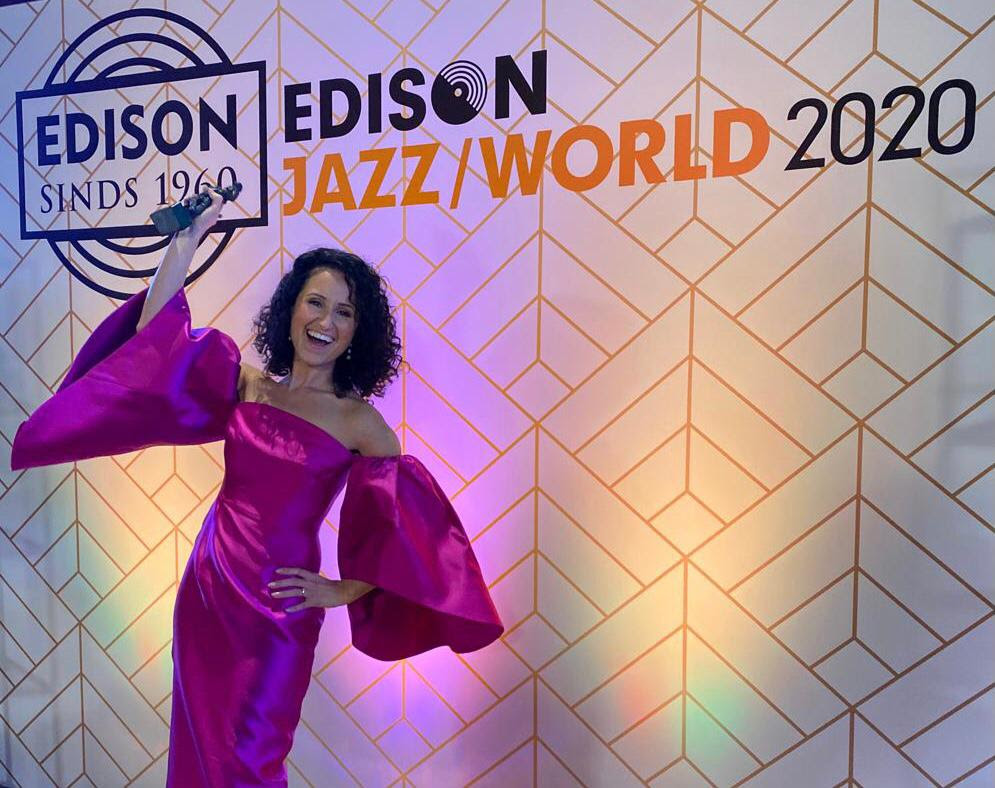 Maria Mendes vence EDISON