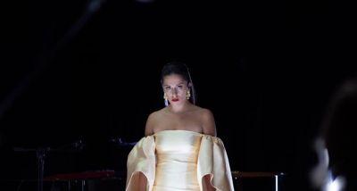 Sara Correia - Porquê Do Fado - LETRA